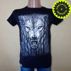 """Светящаяся футболка  """"Волк и лес"""""""